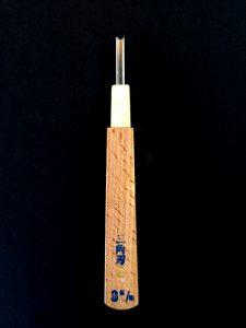 Sankakuto, 3mm V-shaped Gouge